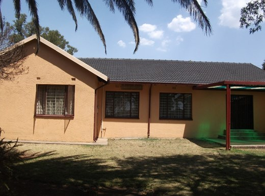 3 Bedroom Apartment for Sale in Pine Ridge