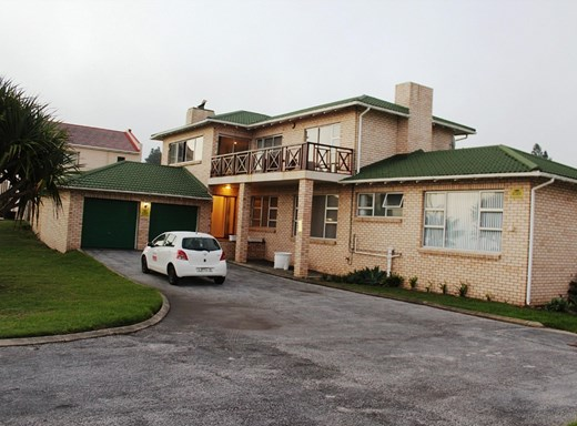 3 Bedroom House for Sale in Seaview