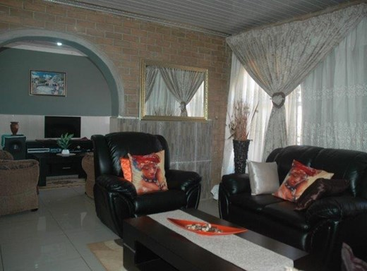 3 Bedroom House for Sale in Nylpark