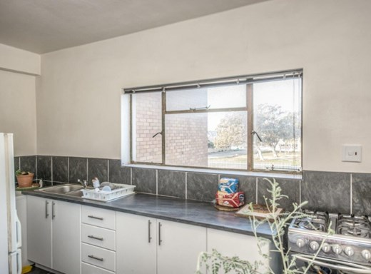 2 Bedroom Apartment for Sale in Sydenham