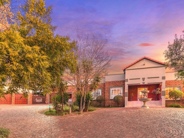 Ruimsig House For Sale