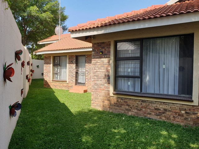 Wilkoppies Townhouse For Sale
