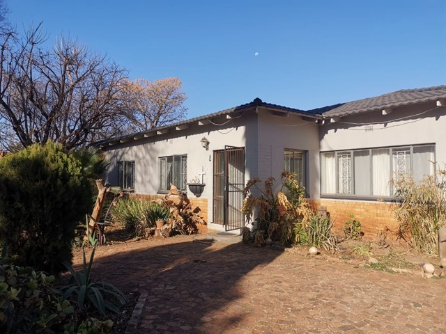 Three Rivers House For Sale