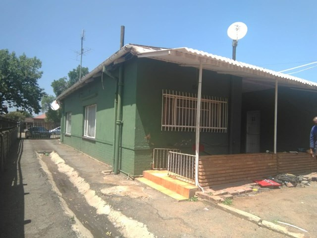Vereeniging Central House For Sale