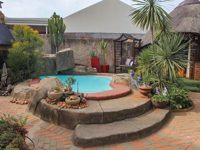 Garsfontein Townhouse For Sale