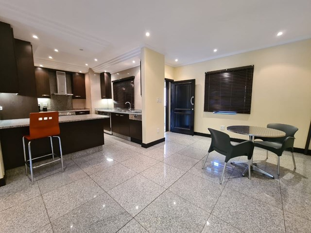 Bedford Gardens Flat For Sale