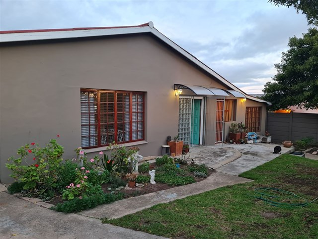 Humansdorp House For Sale