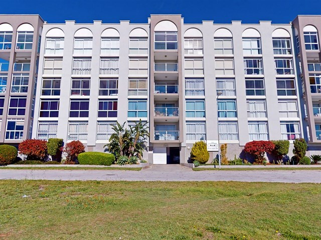 Humewood Apartment For Sale
