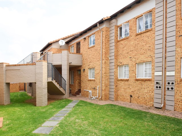 Noordwyk Apartment For Sale