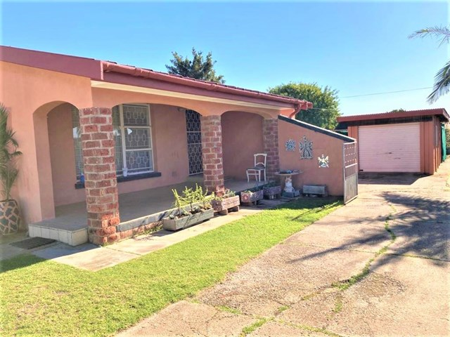 Campher Park House For Sale