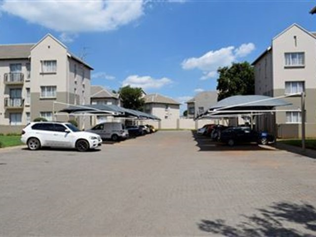 Klippoortjie Townhouse For Sale