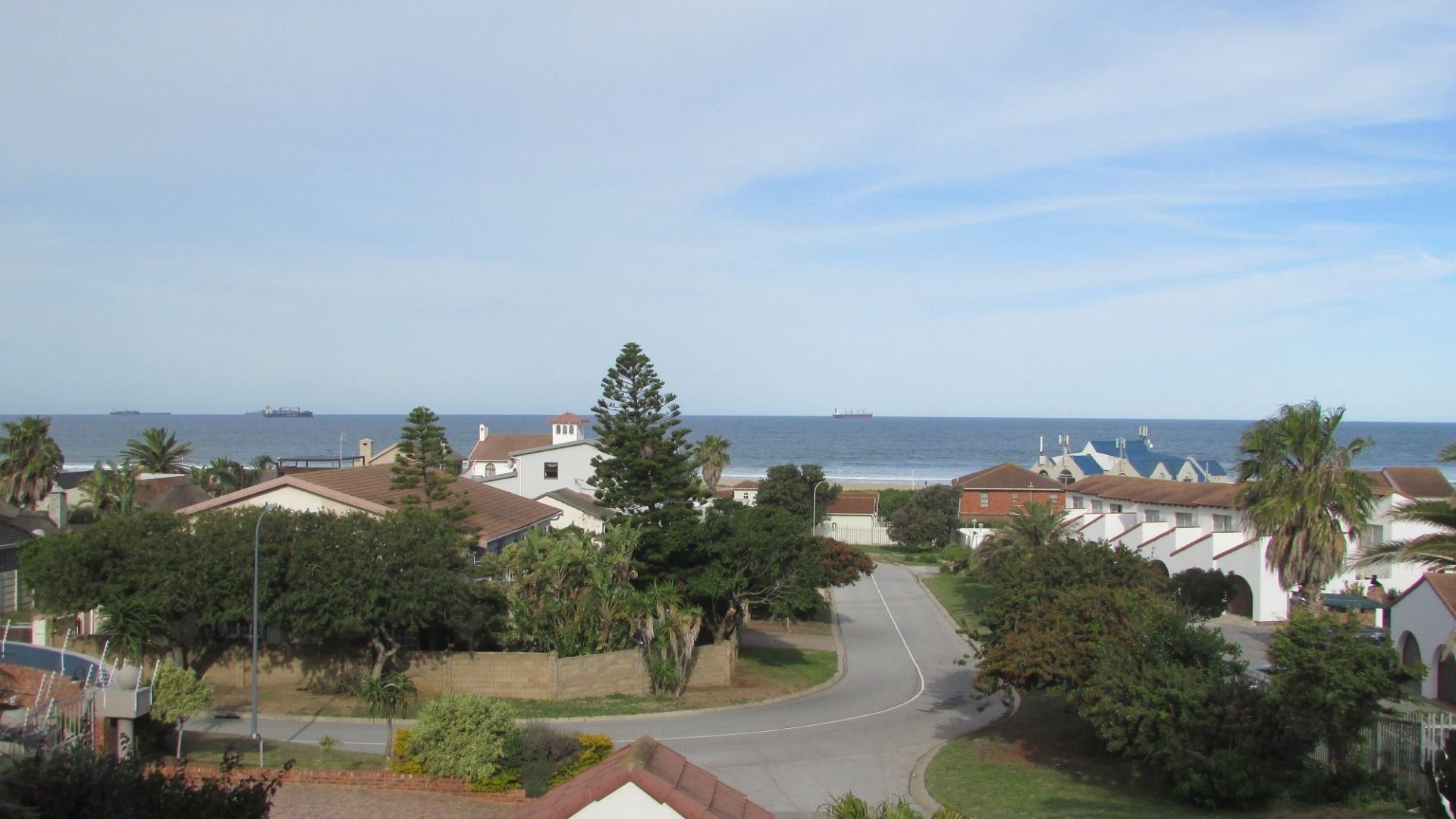 5 Bedroom House for Sale in Bluewater Bay