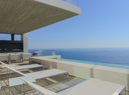 5 Bedroom House to Rent in Bantry Bay