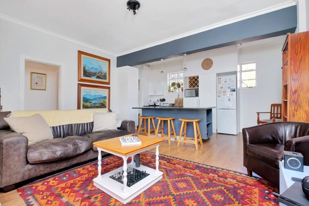 2 Bedroom Apartment for Sale in Parktown North