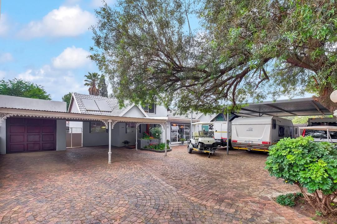 4 Bedroom House for Sale in Brenthurst