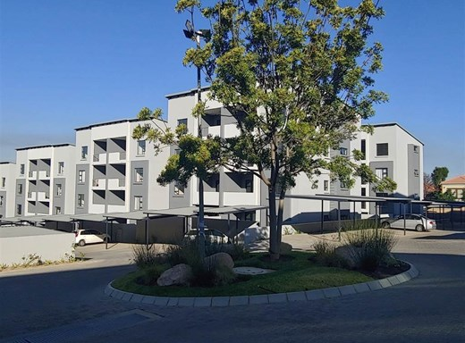 2 Bedroom Apartment to Rent in Edenburg