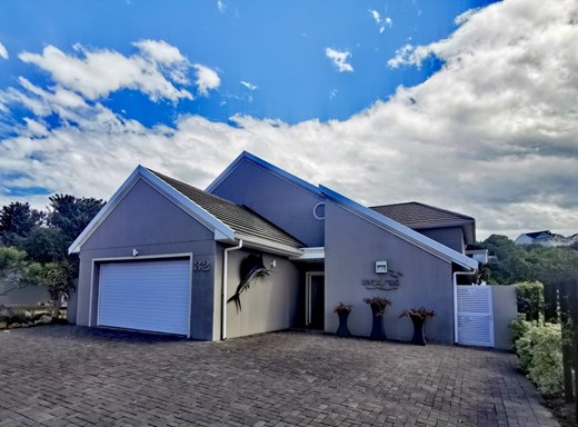 5 Bedroom House for Sale in Royal Alfred Marina