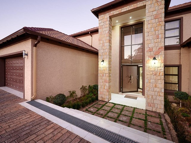 Blue Valley Golf Estate House For Sale