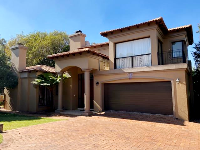 Featherbrooke Estate House For Sale