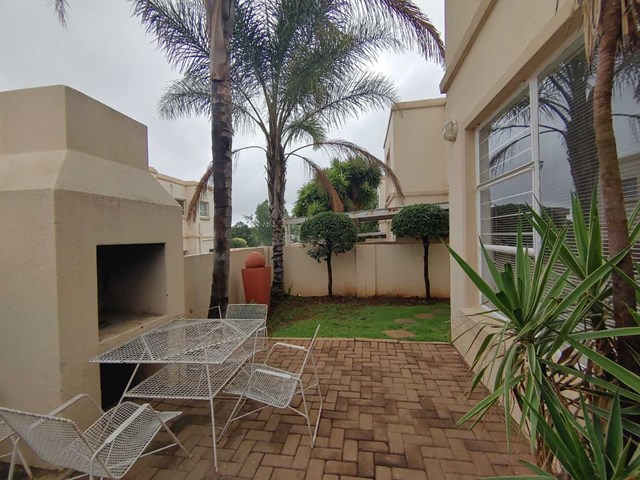 Radiokop Townhouse For Sale