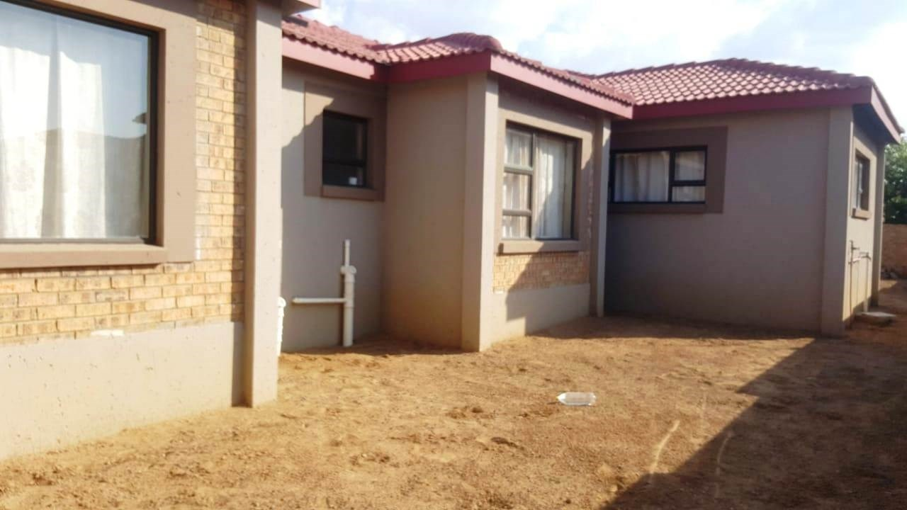 5 Bedroom House for Sale in Blancheville
