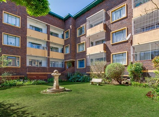 2 Bedroom House for Sale in Parktown North