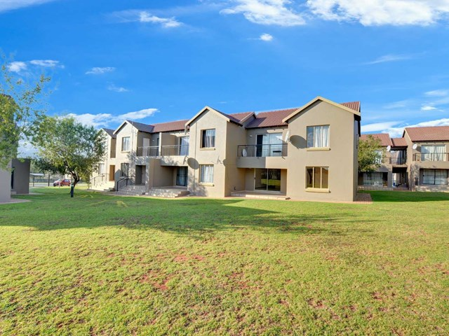 Willowbrook Townhouse For Sale