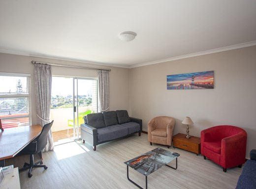 3 Bedroom Apartment for Sale in Humewood