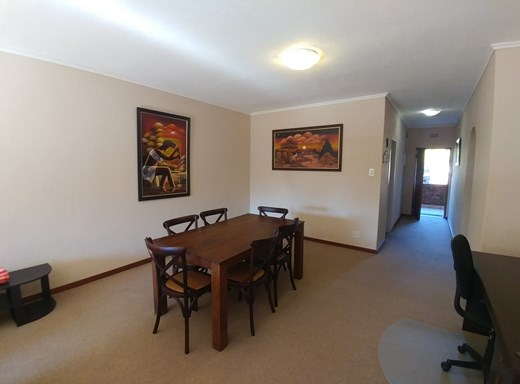 2 Bedroom Apartment to Rent in River Club