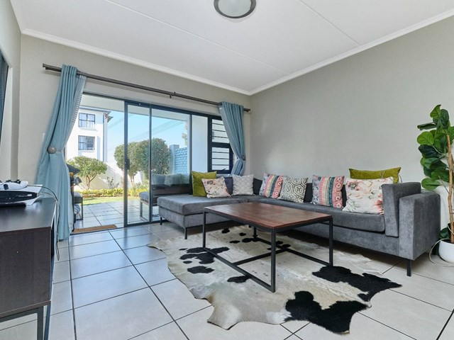 Petervale Apartment For Sale