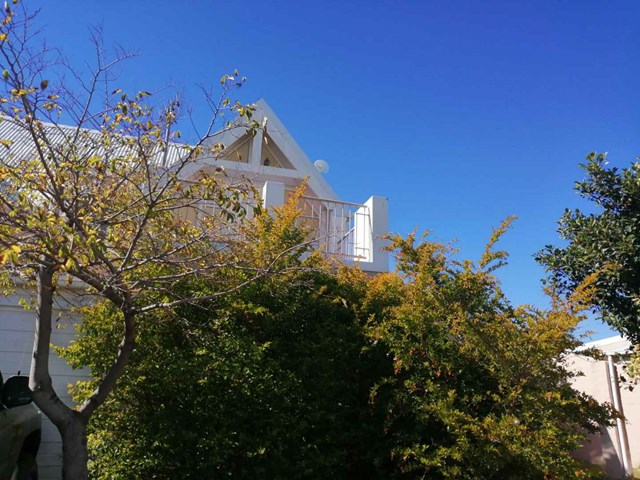 Guldenland Townhouse For Sale