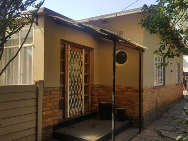 Clubview House For Sale