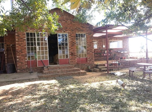 3 Bedroom House for Sale in Rietkol A H