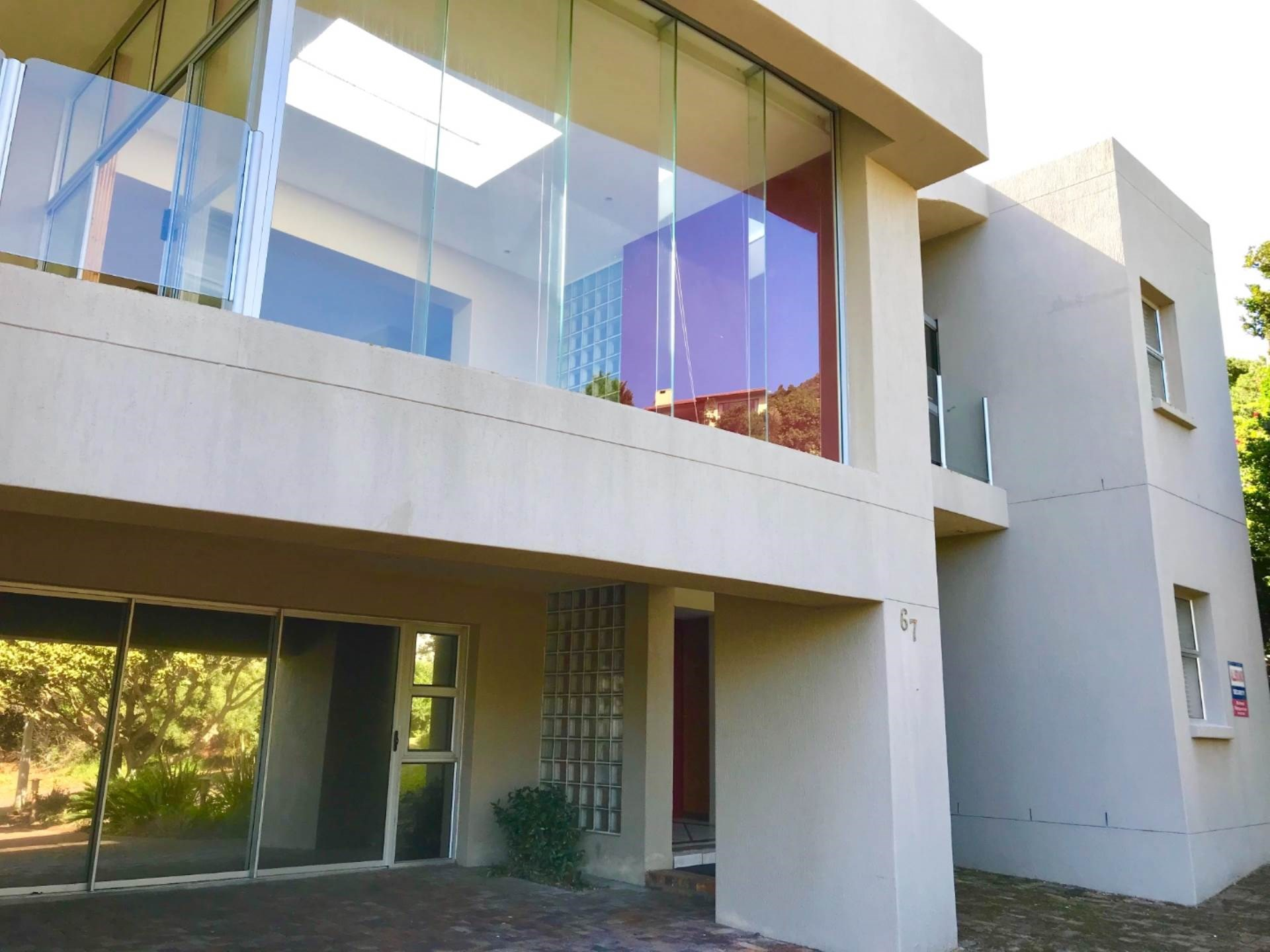 3 Bedroom House for Sale in The Heads