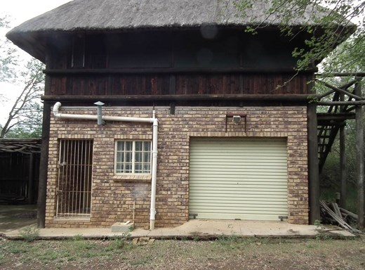 4 Bedroom House for Sale in Marloth Park