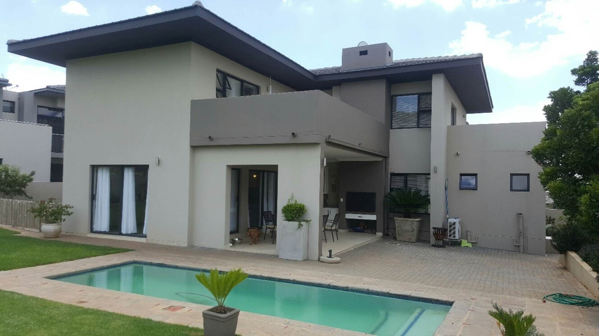 3 Bedroom House for Sale in Lombardy Estate