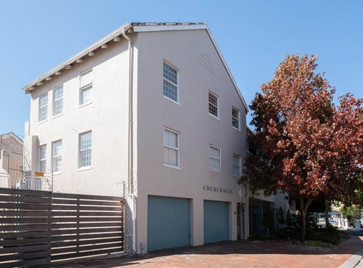 1 Bedroom Apartment for Sale in Claremont