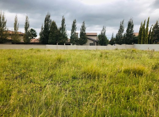 Vacant Land for Sale in Woodland Hills