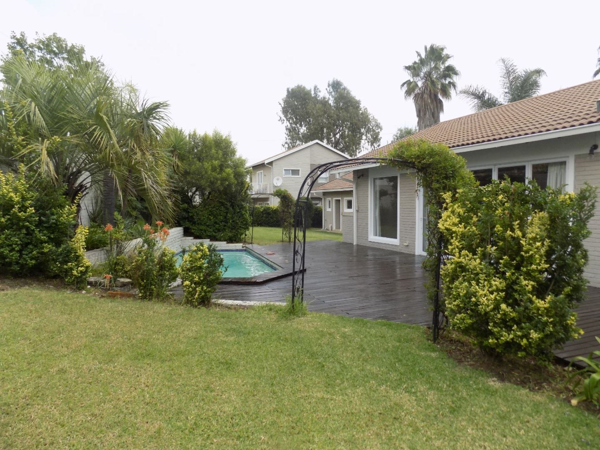 4 Bedroom House to Rent in River Club
