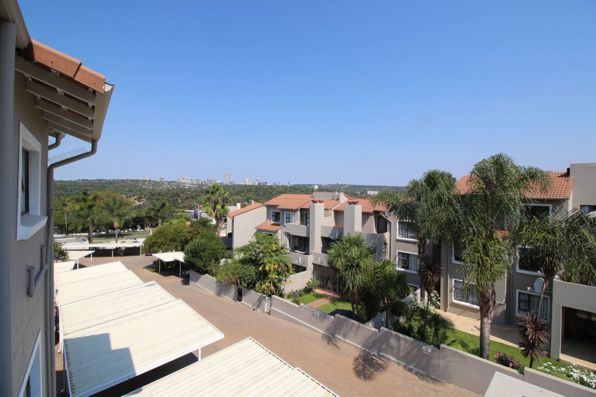 2 Bedroom Apartment to Rent in Bryanston