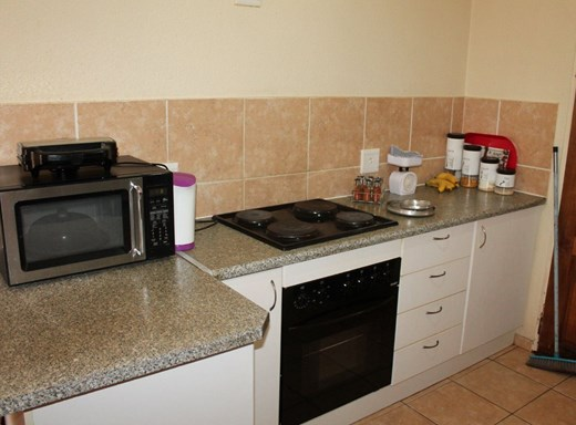 2 Bedroom Flat for Sale in Clarina
