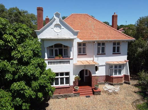5 Bedroom House for Sale in Arboretum