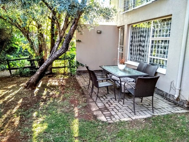 Bedford Gardens Townhouse For Sale