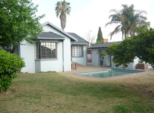 3 Bedroom House for Sale in The Reeds