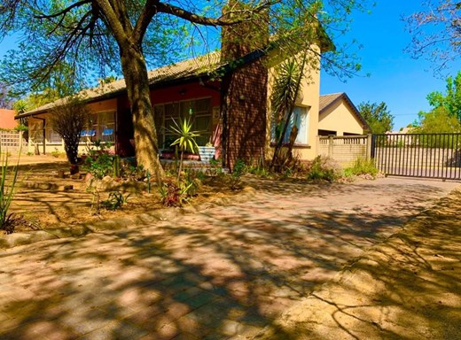 4 Bedroom House for Sale in Sasolburg