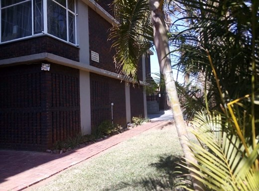2 Bedroom Flat to Rent in Silverton