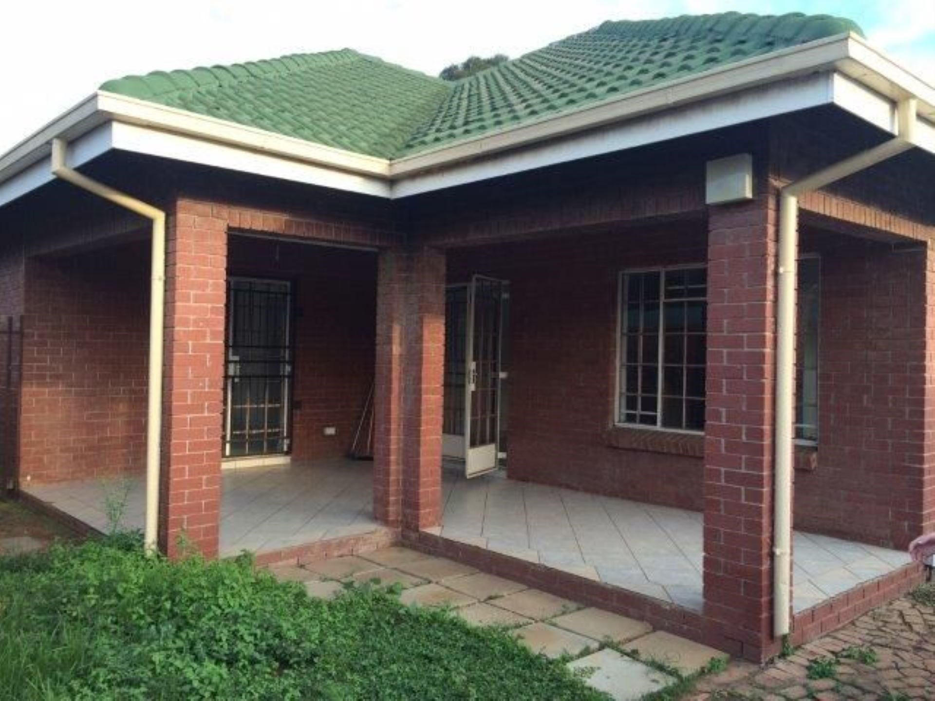 3 Bedroom House to Rent in Rietfontein