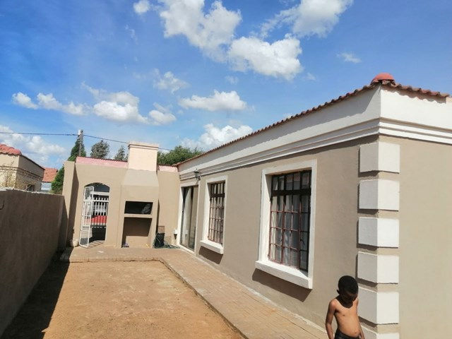 Mandela View House For Sale