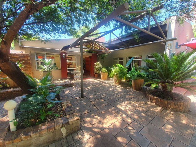 Bayswater House For Sale