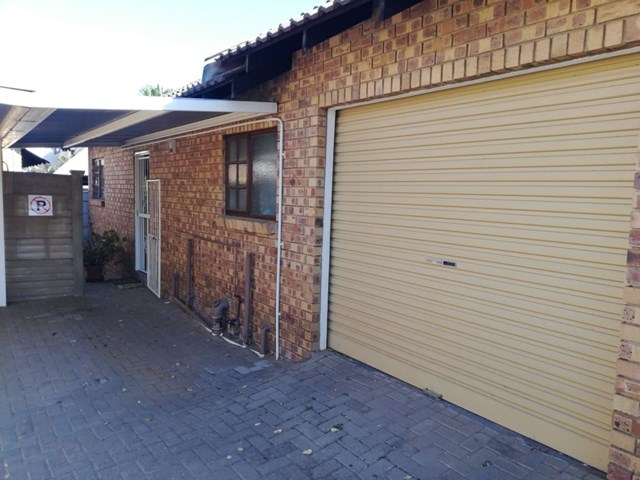 Uitsig Townhouse For Sale